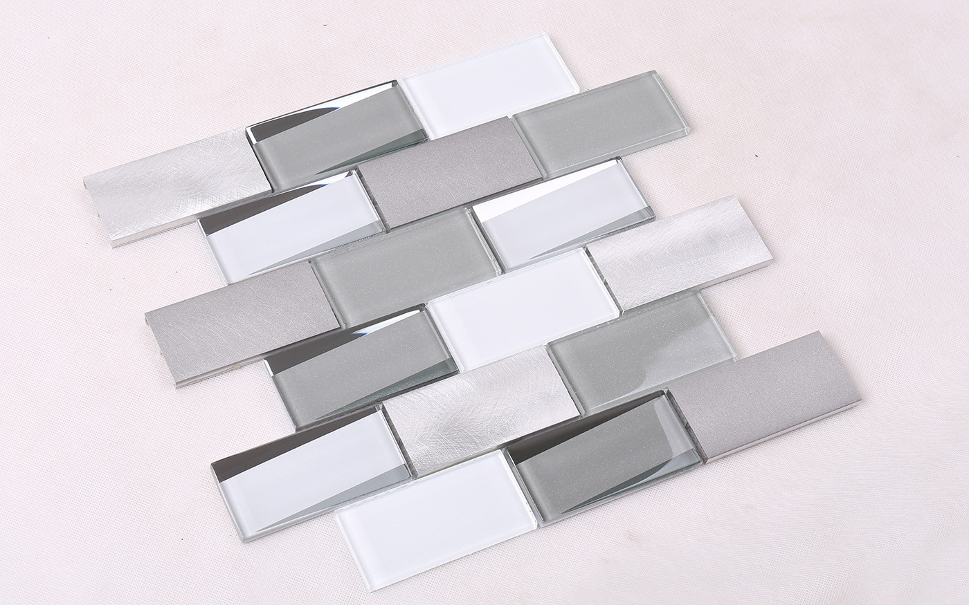 Heng Xing-Find Metallic Glass Mosaic Tile Bevel Tile -Hengsheng Glass Mosaic