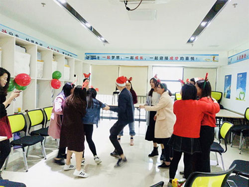 Heng Xing-What A Funny Christmas Party Hengsheng Glass Mosaic-2