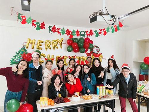 Heng Xing-What A Funny Christmas Party Hengsheng Glass Mosaic-6