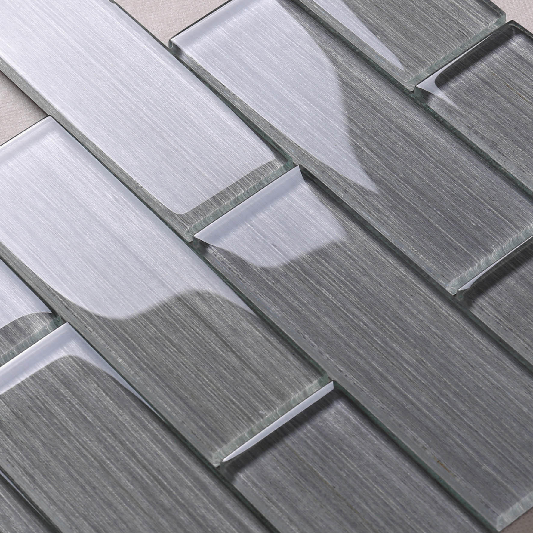 Grey Wood Grain Glass Mosaic Tile