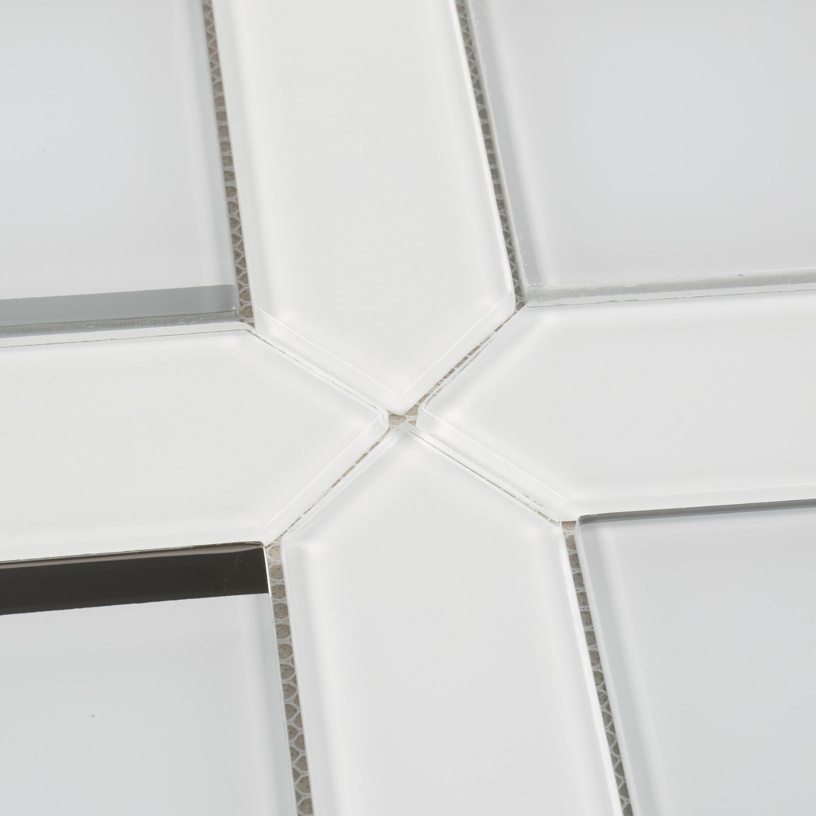 HMB124 Ultra Clear White Bevel Glass Mosaic for Bathroom, living room, wash room