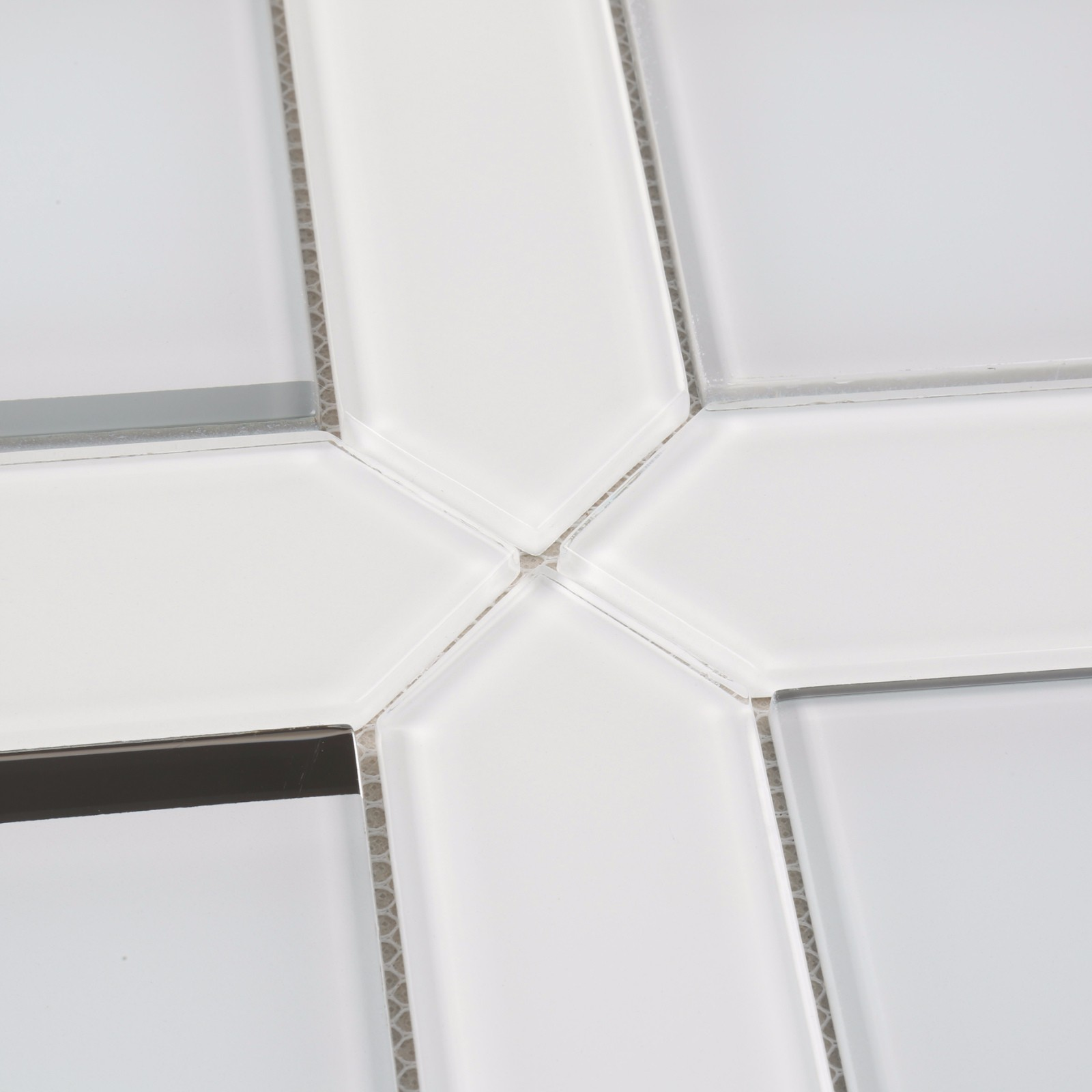 product-HMB124 Ultra Clear White Bevel Glass Mosaic for Bathroom, living room, wash room-Heng Xing-i