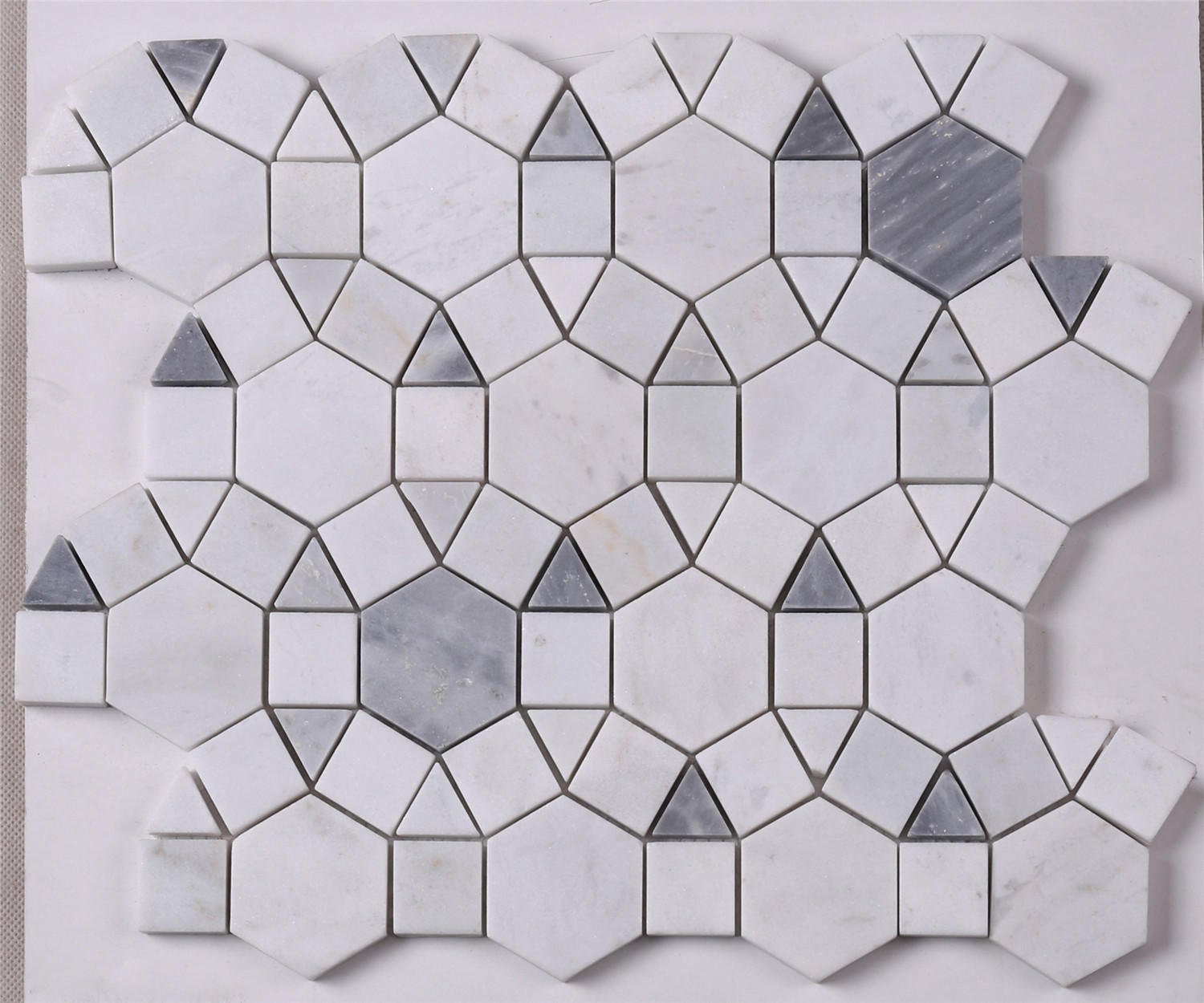 Gray Mixed Carrara White Marble Mosaic Tile for Wall Decoration